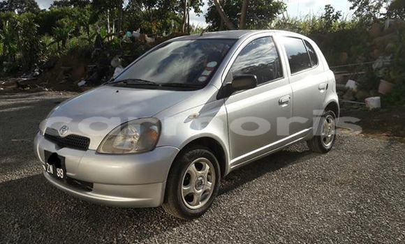 Buy Used Toyota Vitz Silver Car in Quartier Militaire in Moka District