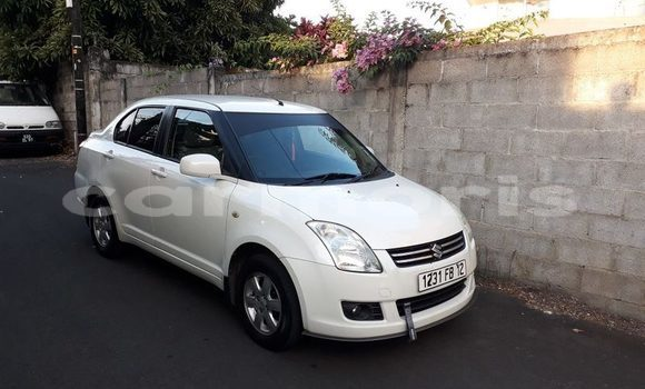 Buy Used Suzuki Swift White Car in Beau Bassin-Rose Hill in Plaines Wilhems District