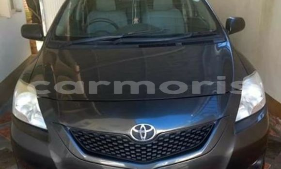 Buy Used Toyota Yaris Black Car in Port Louis in Port Louis District