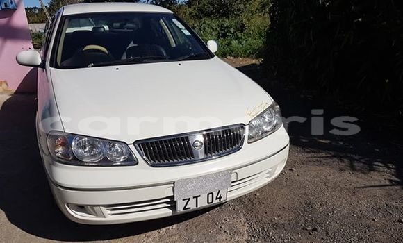 Buy Used Nissan Sunny White Car in Port Louis in Port Louis District
