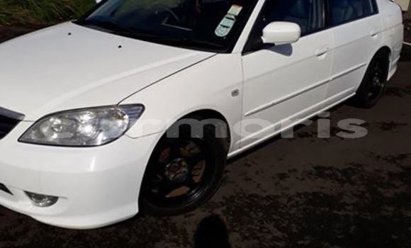 Buy Used Honda Civic White Car in Moka in Moka
