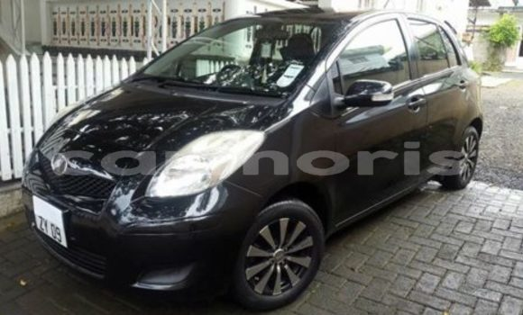 Buy Used Toyota Vitz Black Car in Amitié–Gokhoola in Rivière du Rempart District