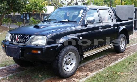 Buy Used Mitsubishi L200 Black Car in Tamarin in Black River District