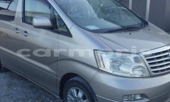 Buy Used Toyota Alphard White Car in Port Louis in Port Louis District