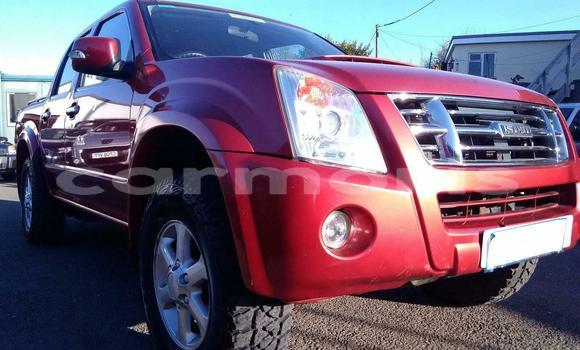 Buy Used Isuzu Rodeo Red Car in Port Louis in Port Louis District