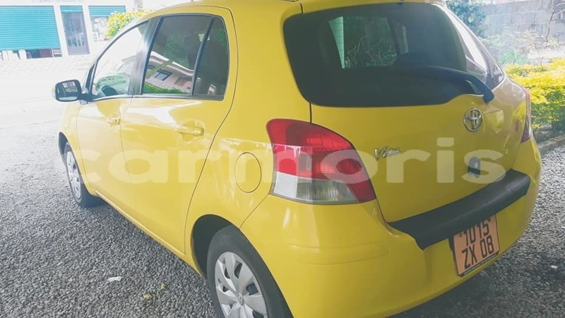 Big with watermark toyota vitz port louis district port louis 2324