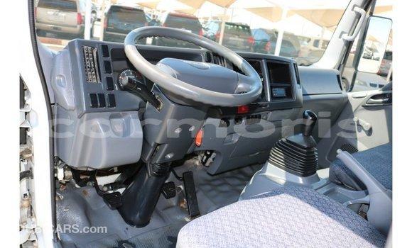 Buy Import Isuzu Rodeo White Car in Import - Dubai in Agalega Islands