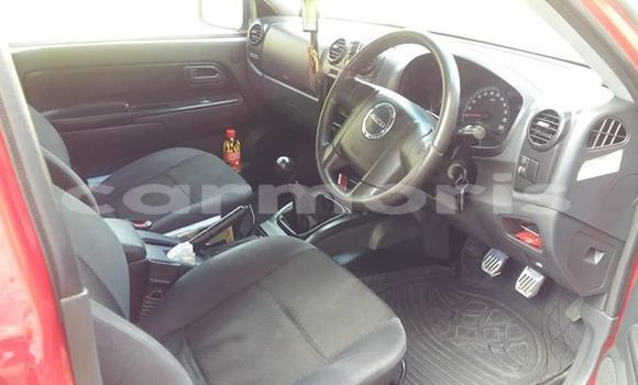 Buy Used Isuzu Rodeo Red Car in Plaines des Papayes in Pamplempousses