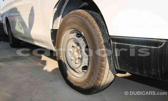 Buy Import Nissan 350Z White Car in Import - Dubai in Agalega Islands