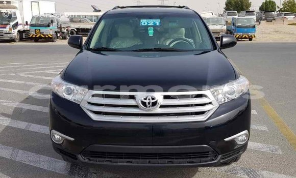 Buy Import Toyota Highlander Black Car in Import - Dubai in Agalega Islands
