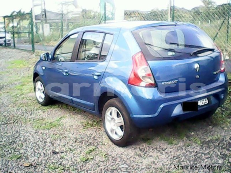 Big with watermark renault sandero moka saint pierre 4446