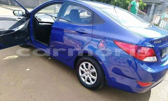 Buy Used Hyundai Accent Blue Car in Port Louis in Port Louis District