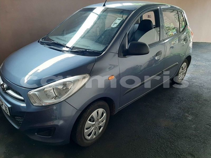 Big with watermark hyundai i10 black river district albion 5244