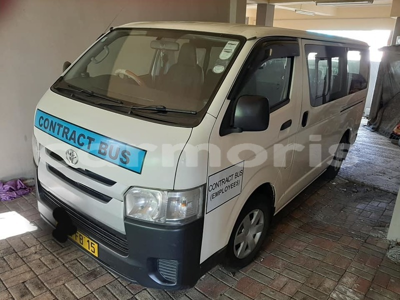 Big with watermark toyota hiace black river district albion 5245