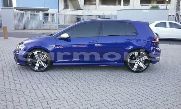 Buy Used Volkswagen Golf Blue Car in Baie Malgache in Rodrigues