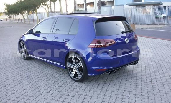 Buy Used Volkswagen Golf Blue Car in Baie Malgache in Rodrigues