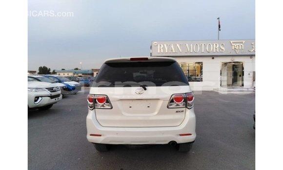 Buy Import Toyota Fortuner White Car in Import - Dubai in Agalega Islands