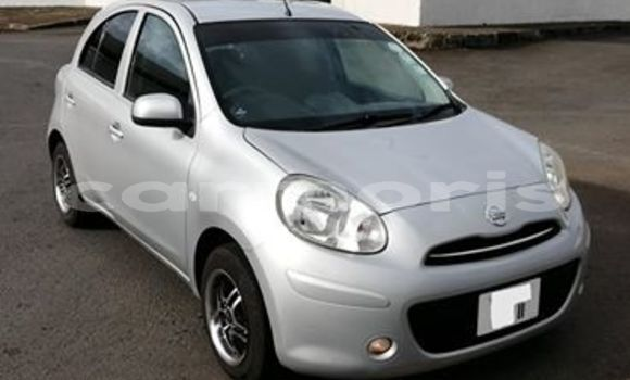 Buy Used Nissan March Silver Car in Rivière du Rempart in Rivière du Rempart District