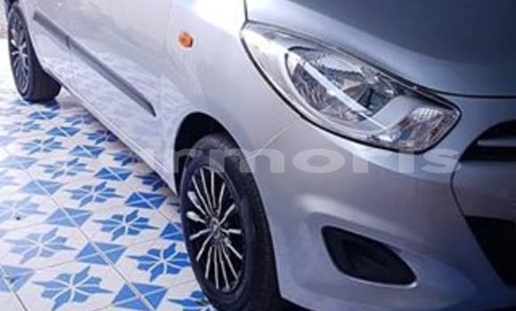 Buy Used Hyundai i10 Silver Car in Port Louis in Port Louis District