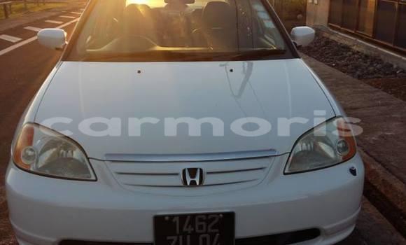 Buy Used Honda Civic White Car in Port Louis in Port Louis District