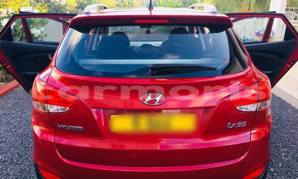 Buy Used Hyundai ix35 Red Car in Port Louis in Port Louis District