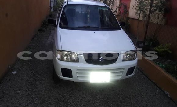 Buy Used Suzuki Alto White Car in Centre de Flacq in Flacq District