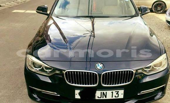 Buy Used BMW 3–Series Blue Car in Vacoas–Phoenix in Plaines Wilhems District