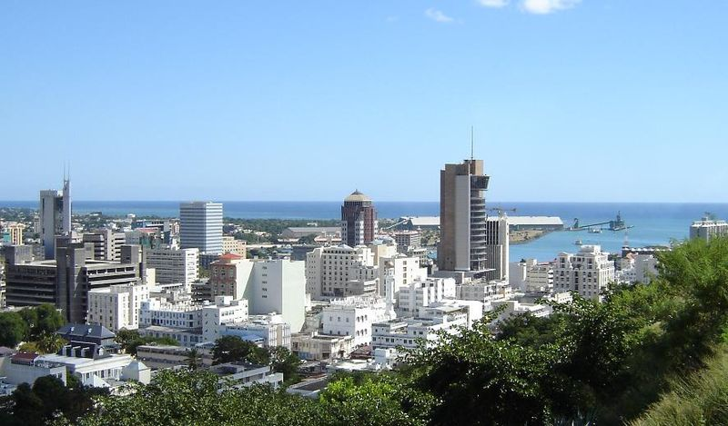 800px port louis skyline